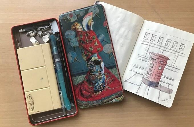 筆箱とスケッチ