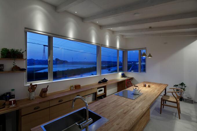 テーブルキッチンひたちなかの家