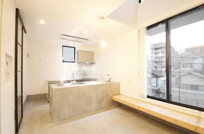 コンクリート製のキッチン