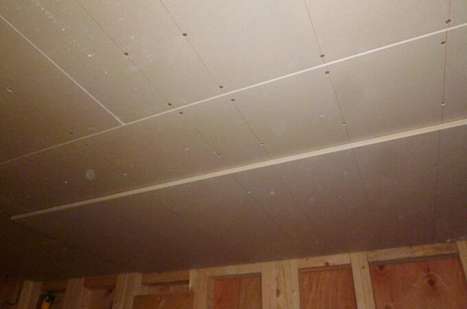 工事中の天井