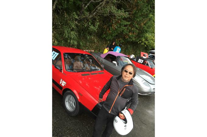 レースを楽しむ松永さん