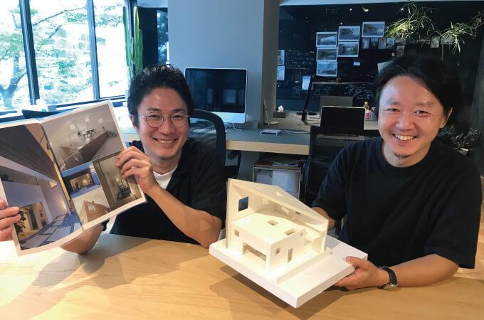 笑顔の岩﨑さんと阿部さん