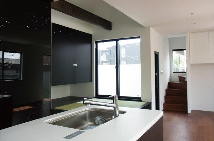 階段とキッチン3