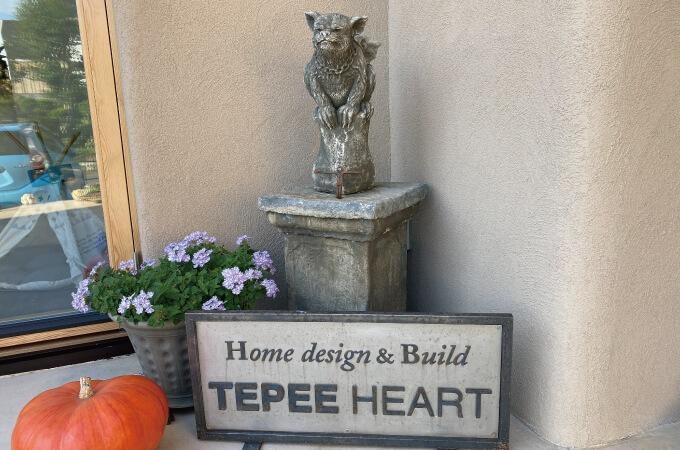 TEPEE HEARTさんの看板