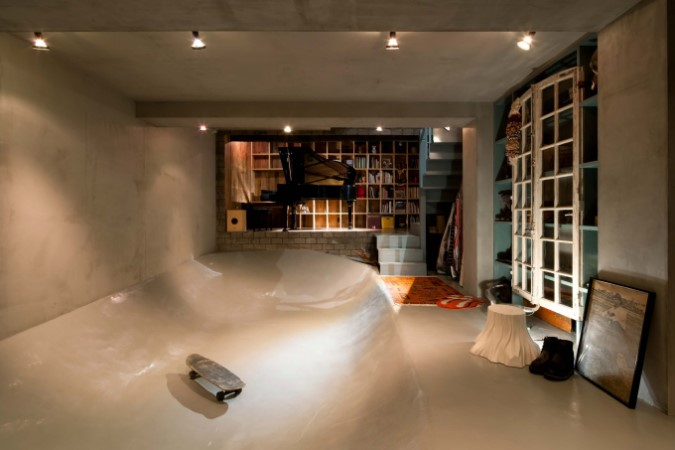 スケートボードのバンク