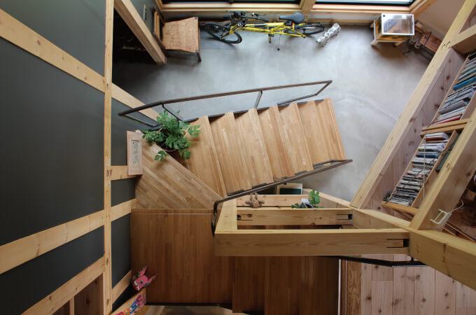 木造の家の階段