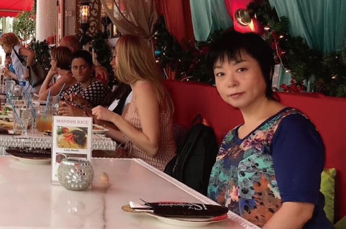 レストランにいらっしゃる黒田さん