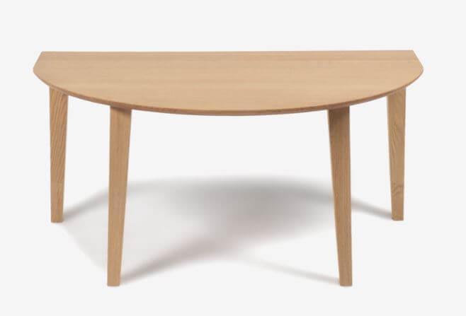 半円型テーブル