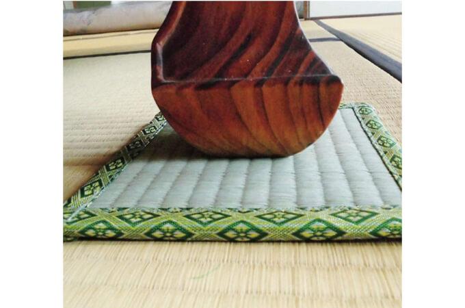 畳を保護するイグサマット
