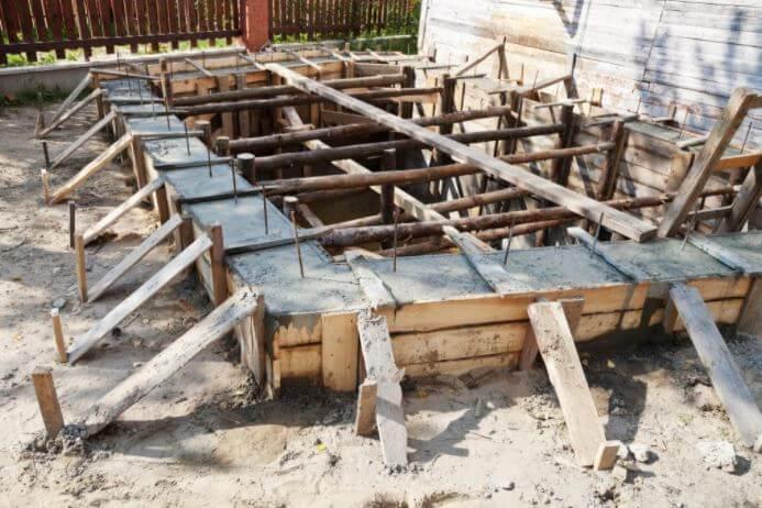 ウッドデッキの施工DIYの事例写真