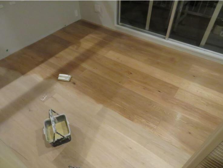 無垢床のオイルがけDIYの事例写真