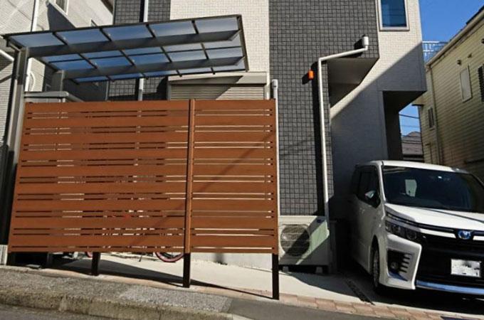 木目調フェンス サイクルポート施工事例