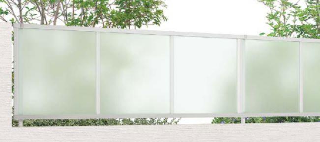 すりガラス調フェンス