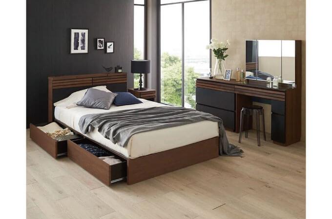 寝室のドレッサーの事例